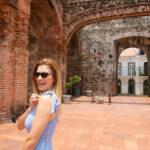 Mujer alegre en Panamá